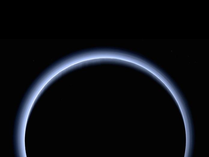 slide 1 - Blue Rays: Từ biệt độ phân giải cao của chân trời mới với sao Diêm Vương
