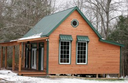 Artistically Customized Guest Cabin