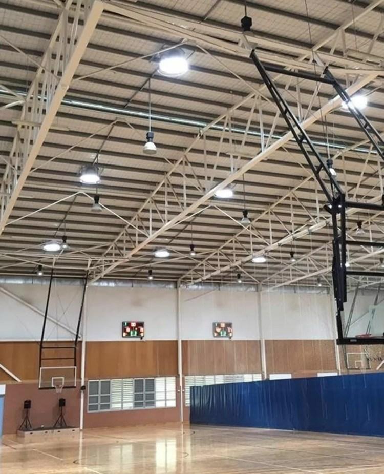 Sala de deporte con luz natural Solatube