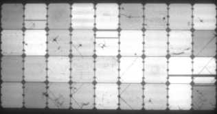 Elektrolumineszenz-Aufnahme des flexiblen Solarmoduls aus China nach starker Belastung