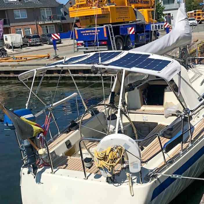 Solar panel LOXX TENAX bimini sailing yacht Solbian