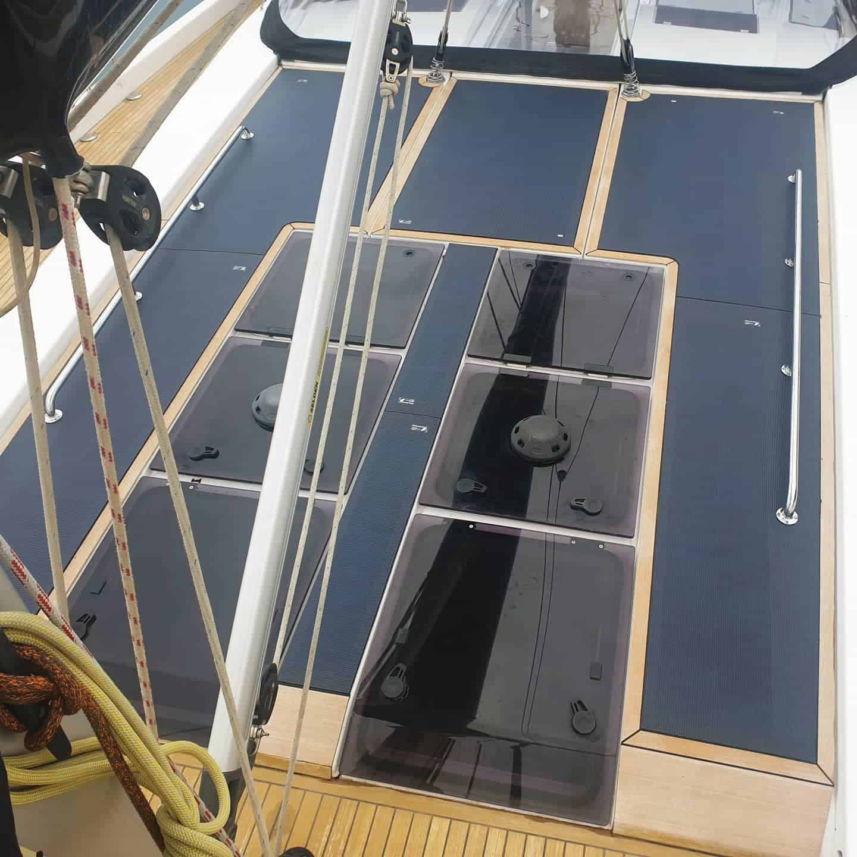 Hanse 575 Segelyacht Solar Solaranlage Deck Solbian