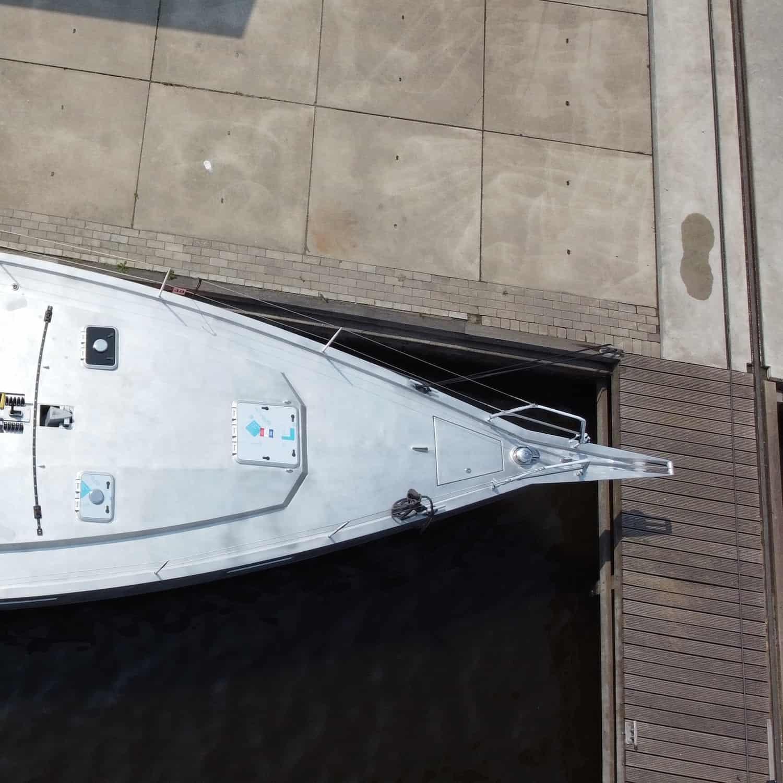 Viator Explorer 42 DS Solbian Solar begehbar Segelyacht Aluminium