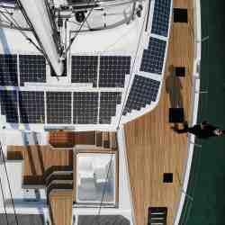 Solbian Solar Fountaine Pajot 67 Alegria KIMATA Solaranlage Photovoltaik autark Katamaran Segelyacht Yacht Charter Luxus Segelkatamaran