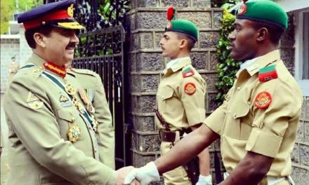 Chief of Pak Army with Nigerian Cadets