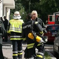 Großbrand im Wedding - Im Soldiner Kiez brannte es in einem Wohnhaus in der Stockholer Straße in drei Etagen