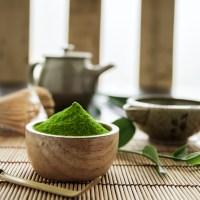 Thé vert Matcha, une précieuse poudre verte.
