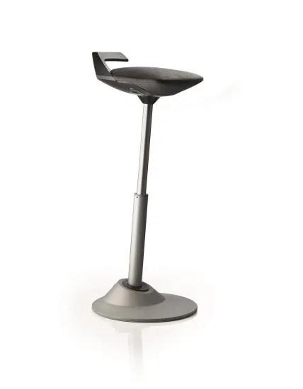 muvman von aeris - die Steh-Sitzhilfe braucht wenig Platz