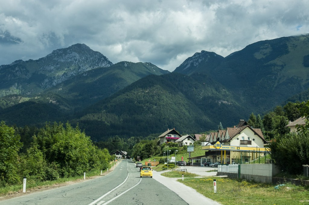 On the road to Jezersko