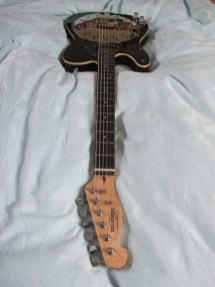 """New owner of this left handed single bound black Sollophonic lives in the USA and says this about his recent acquisition """"It was like Christmas morning! You have done a great job, I'm very pleased. The sound is awesome, I will have many years of enjoyment playing your wonderful creation."""""""