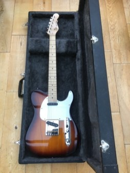 While we're on the sunburst theme, I do like the tobacco sunbursts on the G&L ASAT guitars. In for a good set up and restring, plus an good dial in of the rather full toned pickups. Pretty lairy sounds out of this Tele style guitar
