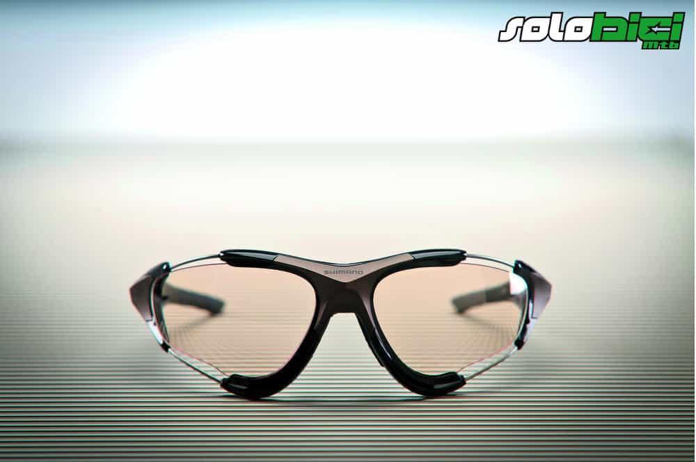 Gafas fotocromáticas Shimano S70X. En el aire - Solobici.es