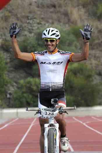 Israel Núñez, ganador