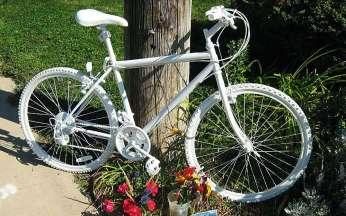 0005 20080920 ghost bike