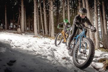 mountain bike en invierno