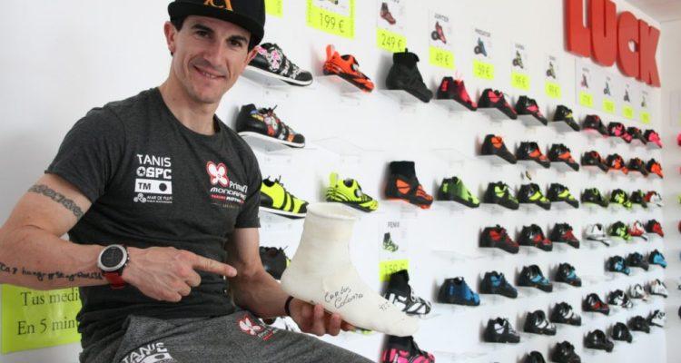Carlos Coloma, satisfecho de sus nuevas zapatillas