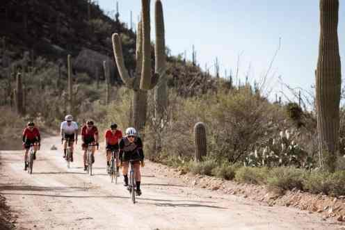 Carreteras y pistas, para bicis gravel, en Arizona, el escenario ideal.