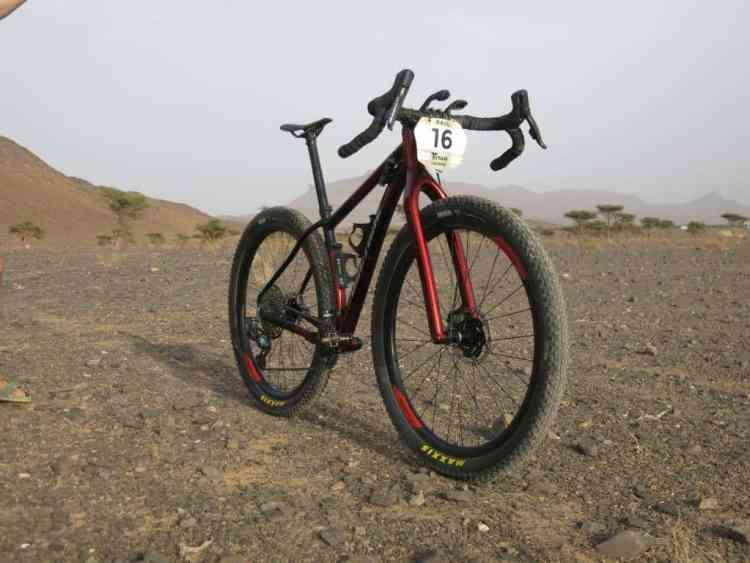 """Doctore"", bici para la Titan Desert de Raúl Hernández"