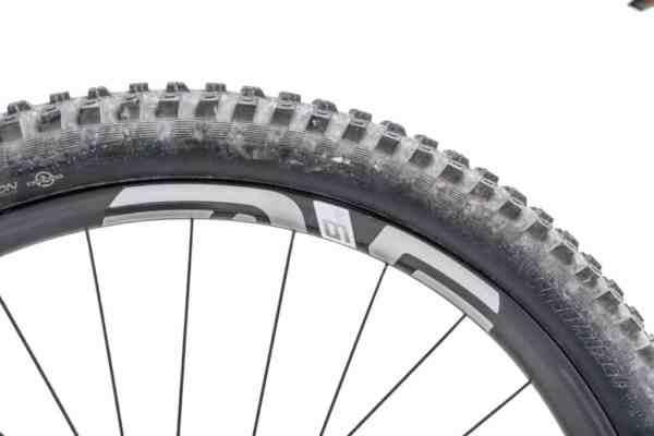 cómo mejorar una e-bike ruedas