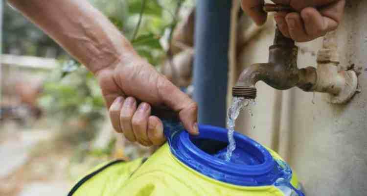 limpiar tu bolsa de agua