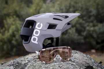 Casco POC Kortal Race y gafas POC Devour