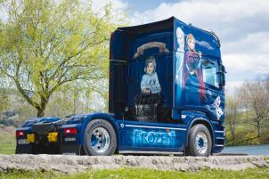 315-decorado-scania-frozen-01
