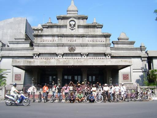 sejenak di monumen pers, salah satu museum di kota Solo