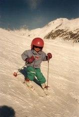 Primeras bajadas con los esquís de Lara Gut