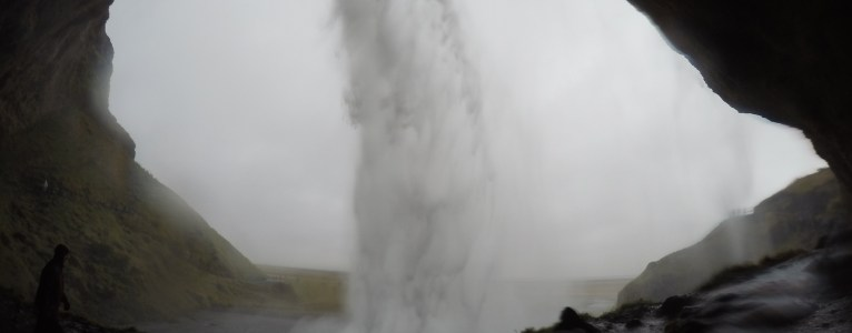 Visit Seljalandfoss – Walk behind waterfalls
