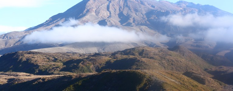 Guide | Tama Lakes Walk (Tongariro National Park)