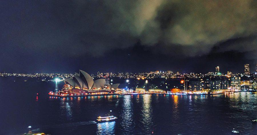 Sydney nightlife; Opera house