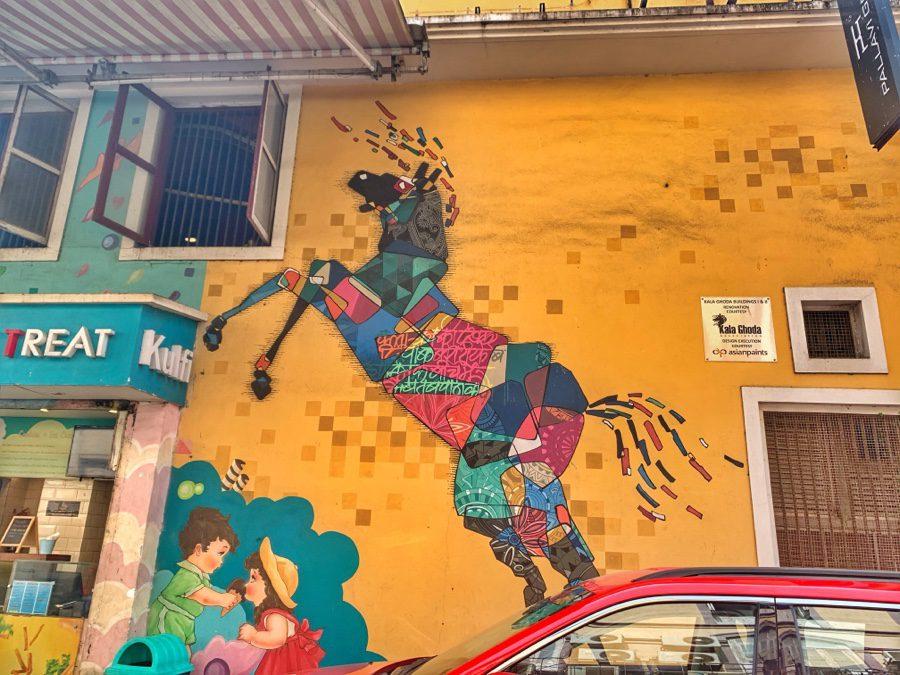 Colourful Ghoda | Kala Ghoda
