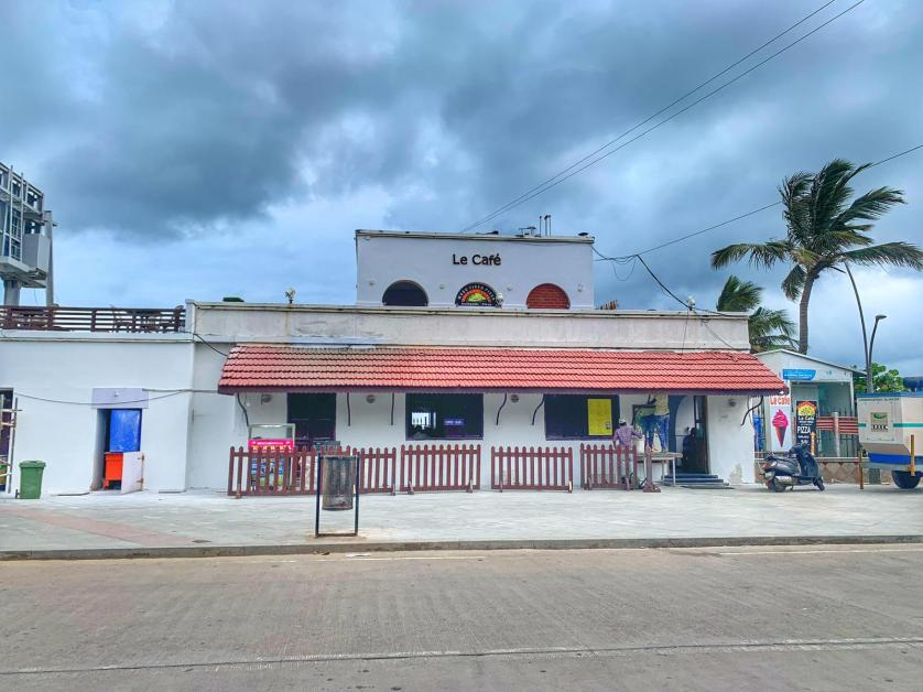 5 things to do in Pondicherry - Le Cafe