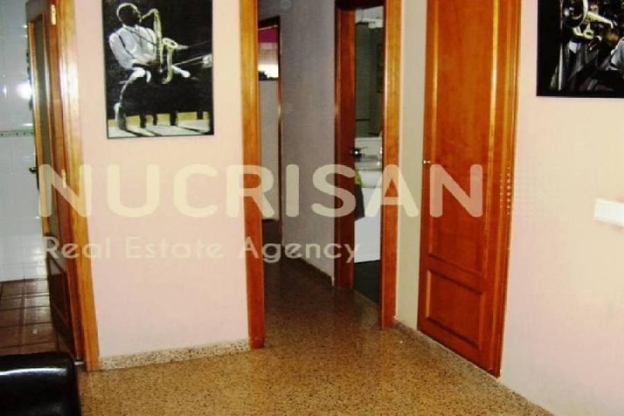 Alicante,Alicante,España,4 Bedrooms Bedrooms,2 BathroomsBathrooms,Pisos,14588