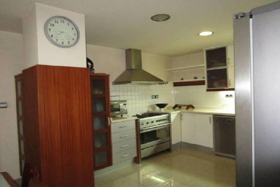 Elche,Alicante,España,4 Bedrooms Bedrooms,3 BathroomsBathrooms,Casas,15840