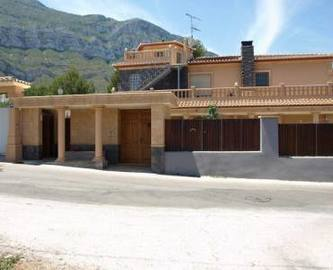 Dénia,Alicante,España,5 Bedrooms Bedrooms,3 BathroomsBathrooms,Chalets,17067
