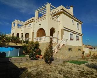 Monforte del Cid,Alicante,España,3 Bedrooms Bedrooms,2 BathroomsBathrooms,Chalets,19040