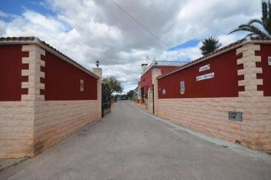 Elche,Alicante,España,5 Bedrooms Bedrooms,3 BathroomsBathrooms,Chalets,19122