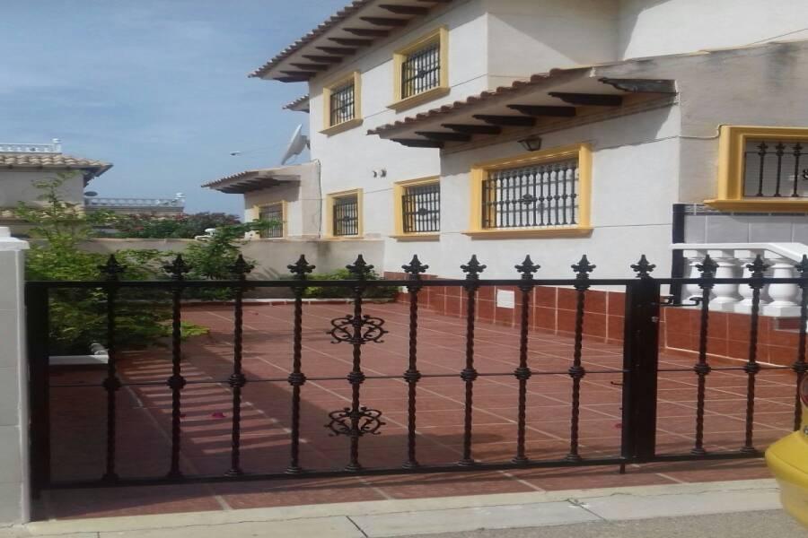 Orihuela Costa,Alicante,España,3 Bedrooms Bedrooms,1 BañoBathrooms,Dúplex,24177