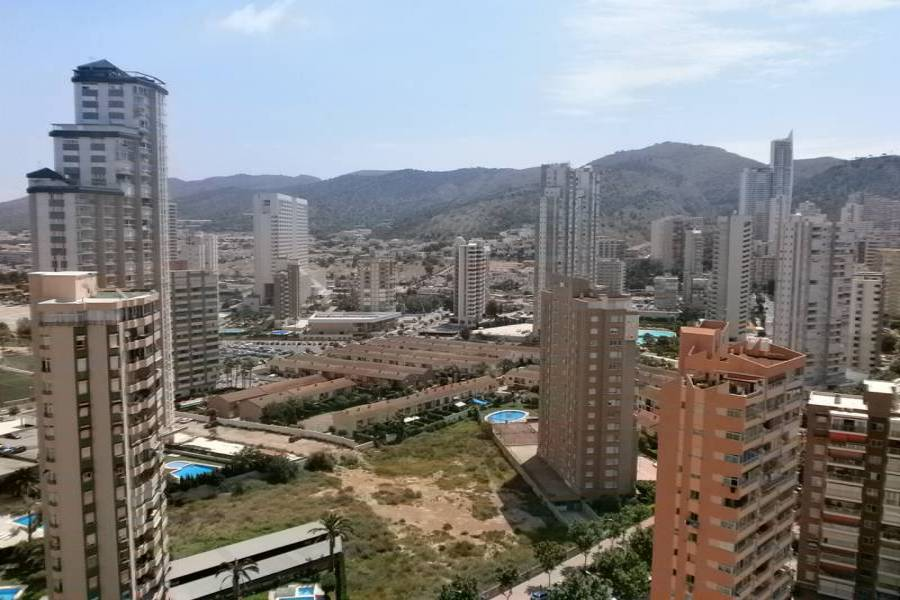 Benidorm,Alicante,España,3 Bedrooms Bedrooms,1 BañoBathrooms,Apartamentos,24240