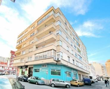Torrevieja,Alicante,España,4 Bedrooms Bedrooms,1 BañoBathrooms,Apartamentos,25059