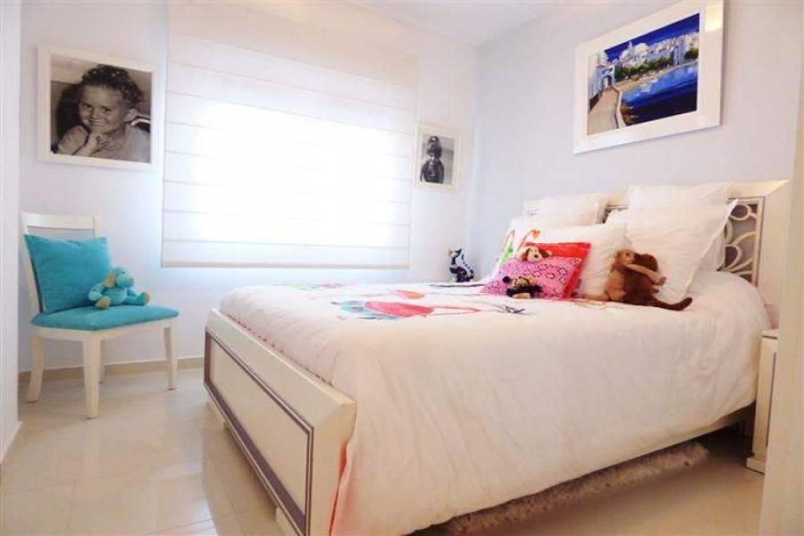 Dénia,Alicante,España,3 Bedrooms Bedrooms,2 BathroomsBathrooms,Apartamentos,29312