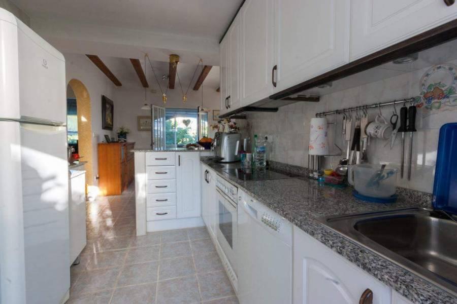 Sanet y Negrals,Alicante,España,3 Bedrooms Bedrooms,3 BathroomsBathrooms,Chalets,29614