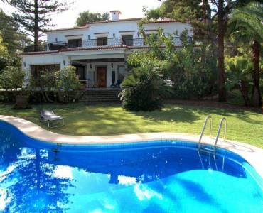 Dénia,Alicante,España,5 Bedrooms Bedrooms,4 BathroomsBathrooms,Chalets,29692