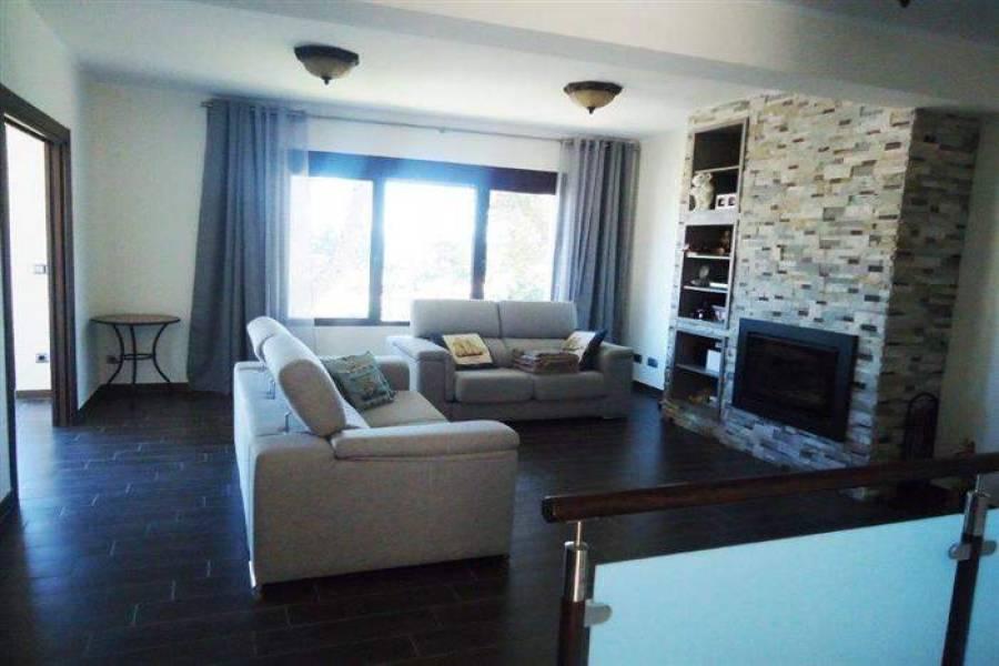 Dénia,Alicante,España,5 Bedrooms Bedrooms,3 BathroomsBathrooms,Chalets,30125