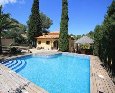 Dénia,Alicante,España,4 Bedrooms Bedrooms,2 BathroomsBathrooms,Chalets,30251