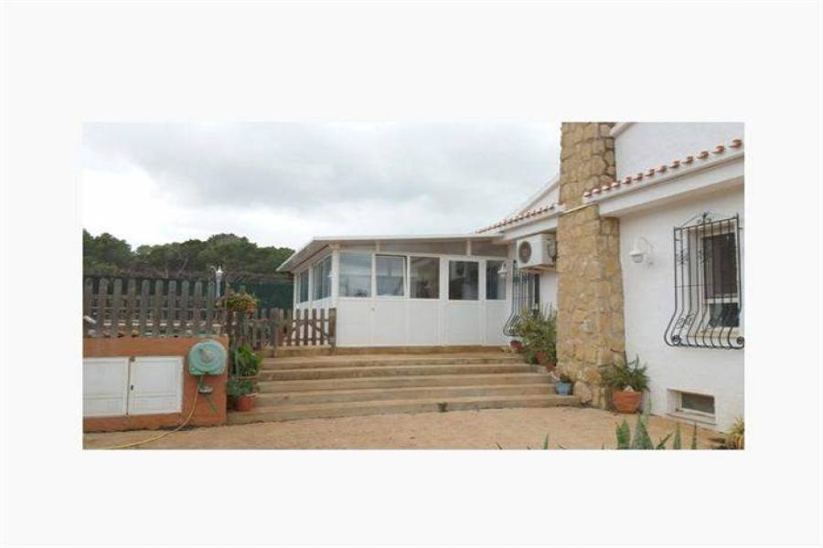 Dénia,Alicante,España,4 Bedrooms Bedrooms,4 BathroomsBathrooms,Chalets,30649