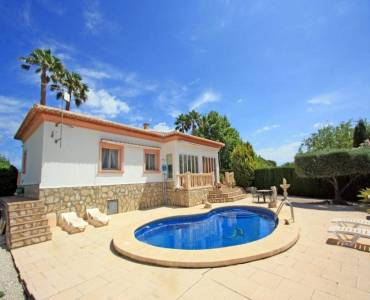 Beniarbeig,Alicante,España,3 Bedrooms Bedrooms,2 BathroomsBathrooms,Chalets,30802