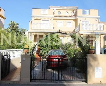 Orihuela,Alicante,España,3 Bedrooms Bedrooms,2 BathroomsBathrooms,Chalets,31098