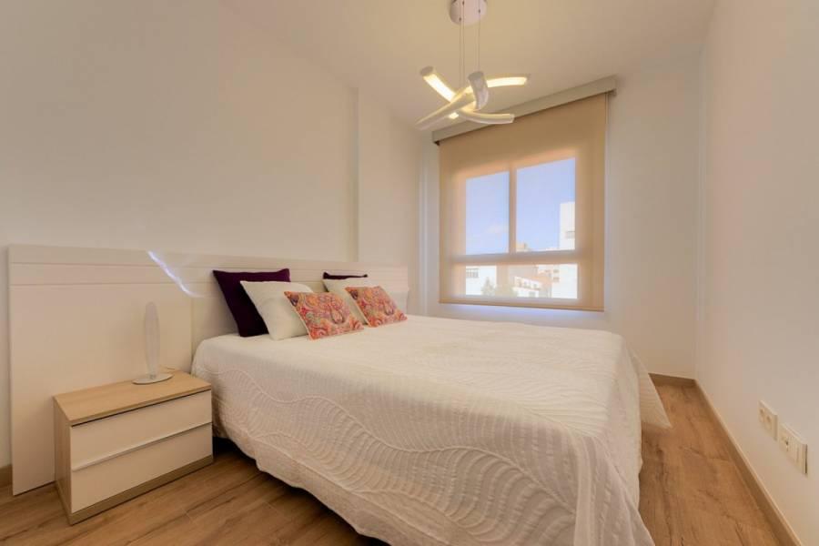 Torrevieja,Alicante,España,2 Bedrooms Bedrooms,2 BathroomsBathrooms,Apartamentos,39152